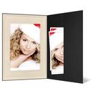 Portraitmappe mit Tasche für 15x20 cm - schwarz - creme satinierte Maske -Blindprägung Produktbild
