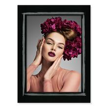 Aufsteller für 13x18 cm - schwarze Maske mit silber Pinselstrich - mit schwarzem starkem Rücken Produktbild