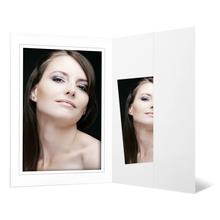 Portraitmappe mit Tasche für 13x18 cm weiß matte Maske - grauer Rand Produktbild