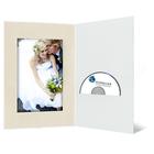 DVD/CD Fotomappe für 15x20 cm - weiß - creme satinierte Maske - Blindprägung Produktbild