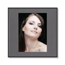 Fotomaske für 15x20 cm - grau mit Leinenstruktur - ohne Rückwand - Hochprägung Produktbild