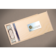 Rechteckige Fotobox aus unbehandeltem Holz für bis 13x19 cm Fotos & sämtliche USB-Stick Größen Produktbild