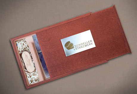 Fotos 13x18 cm Holz-Fotobox USB